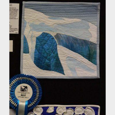 Antarctica waves by Lorraine Holmes. best Antarctica quilt