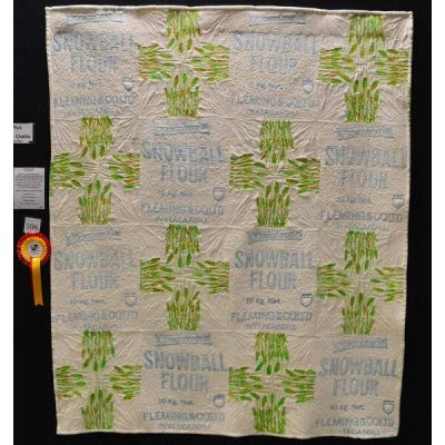 Flour bag quilt by Maria Rohs. Judge's choice - Gabriela Roldan